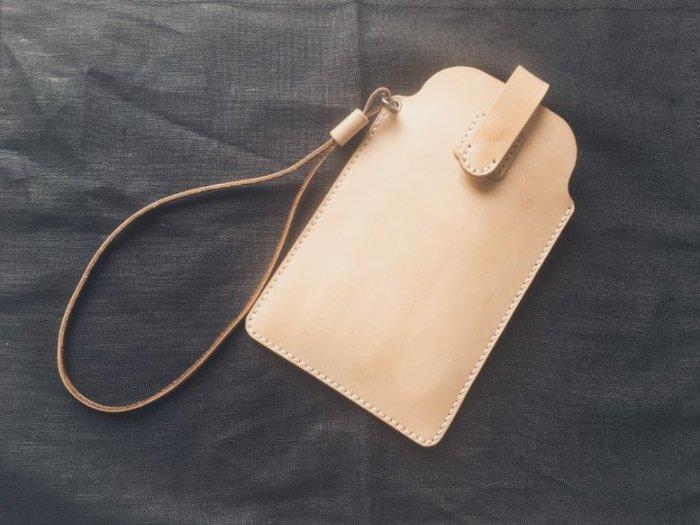 iPhone 8 Plus iPhone 7 Plus植鞣革真皮保護套附腕帶 手機殼 手機皮套 可免費印字 純手工皮件