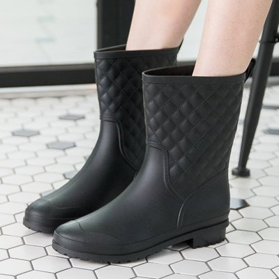 女款 貴氣菱格紋路中筒 雨靴 馬丁靴 機車靴 Ovan