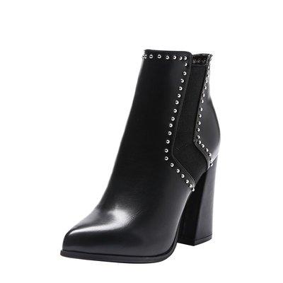 短靴 裸靴高跟鞋女粗跟尖頭短靴秋冬新款歐美時尚鉚釘馬丁靴防水臺裸靴