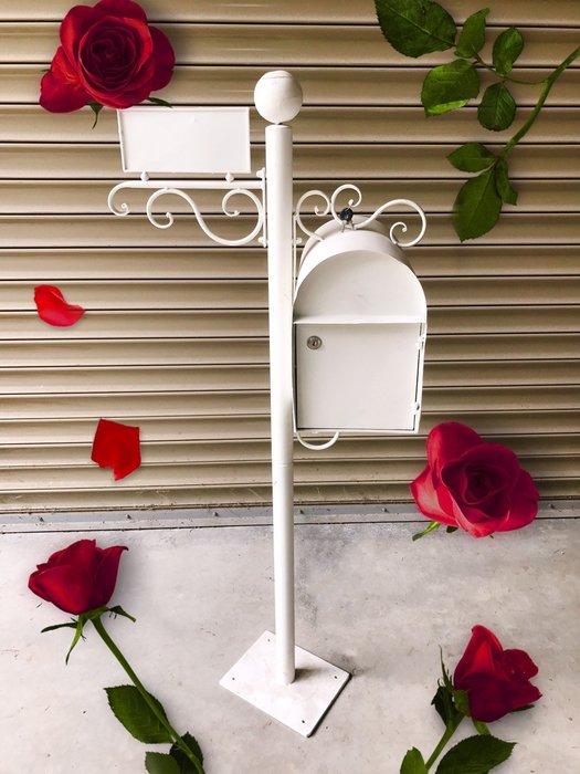無折扣【華蕊】*鐵製路牌信箱*居家裝飾 花園造景 花園佈置 庭院佈置 婚禮佈置 會場佈置 花架 低價 促銷 出清