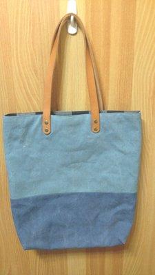 文青風 原皮提把 厚棉布 丹寧 格紋 雙層縫製可兩面使用 肩背側背手提 大包