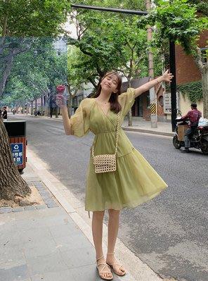 黃油果綠連衣裙女2019夏雪紡仙女超仙森系泡泡袖網紅中長款網紗裙