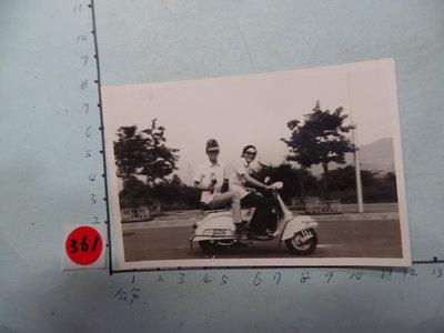 老機車,,偉士牌,摩托車,古董黑白,照片,相片4