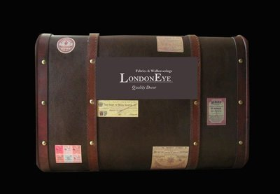 【LondonEYE】Vintage Industrial 工業風/MIX 仿真牛皮復古街頭手提木箱 送復古貼 櫥窗-咖 《DC103》
