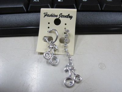 二手舖 NO.4518 時尚造型耳環 耳針 耳鉤 便宜賣 首飾飾品