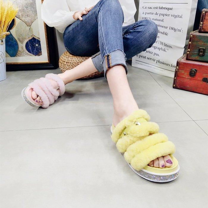 【P.M♥SHOP】2019新款水鑽糖果色羊羔毛毛鞋露趾一字型涼鞋托室外拖鞋女鞋潮