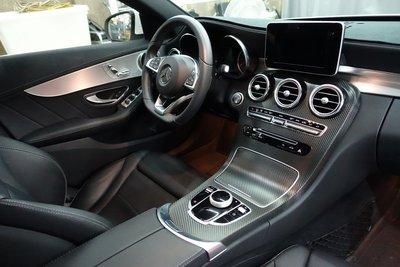內飾板貼膜 核桃木貼膜 內裝包膜 環保漆修復 汽車內裝 方向盤貼膜 汽車飾板貼膜 W205 GLC W213