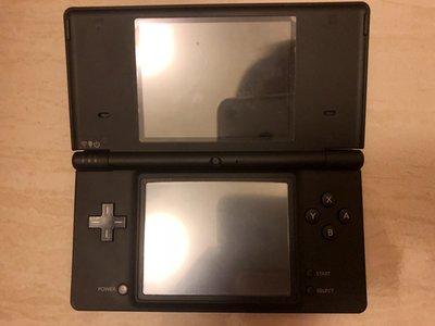DS任天堂NDSI遊戲機遊戲主機黑色$2000(可自拍,大約5-6成新)