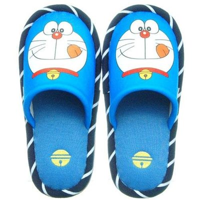 小叮噹 室內拖鞋   內側有稍稍凸起 符合人體工學 穿來特別舒適 適合腳掌約22~24cm