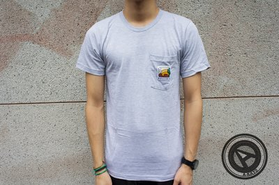 【A-KAY0】BELIEF DRYLANDS POCKET TEE 短T 灰 【BLF3005GY】