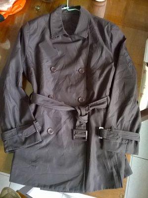 +四季心晴+日本專櫃WELFARE 雙排扣防風防潑水咖啡色風衣