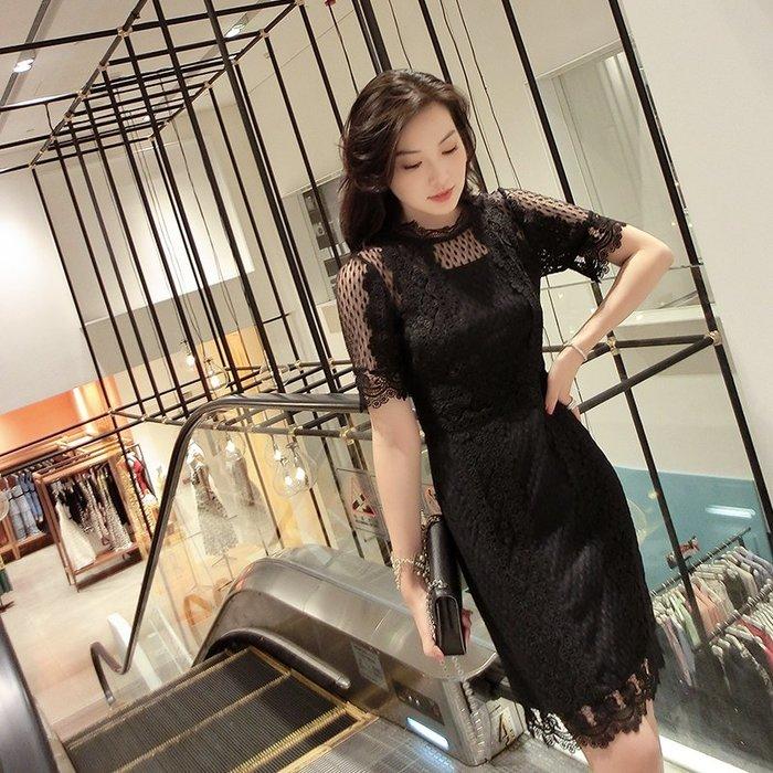 《巴黎拜金女》蕾絲鏤空連衣裙女很仙的洋氣裙子