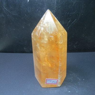 【競標網】天然3A酒黃冰洲水晶柱(K63)775克(網路特價品、原價1100元)限量一件