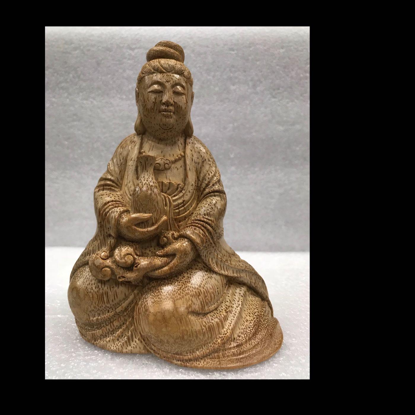 [精藝齋]竹根雕 竹雕擺件。淨瓶觀音   作者:盧培綱