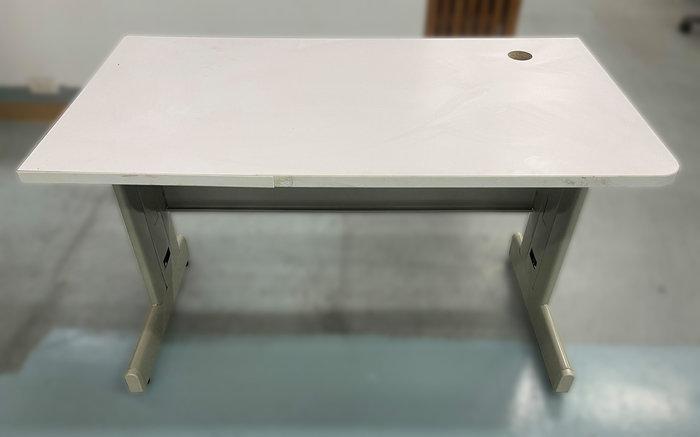 【宏品二手家具館】台中2手傢俱家電拍賣 C11802*白面120OA辦公桌*辦公椅 辦公設備 辦公桌 各式辦公鐵櫃找宏品