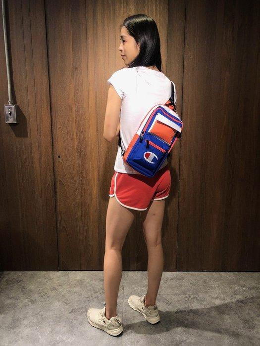 美國百分百【全新真品】 Champion 腰包 側背包 小背包 休閒包 多夾層 後背包 冠軍 LOGO 藍粉 AB23