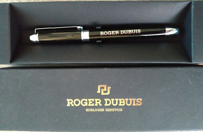 [現貨 真品] 瑞士 Roger Dubuis 全新 盒 鋼珠筆 可參考Montblac 手錶 筆 鋼筆 原廠 黑 PP