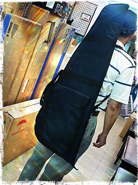 【六絃樂器】全新台灣製10厘米高密度鋪棉三角電吉他袋 / 附雙肩背帶 現貨特價