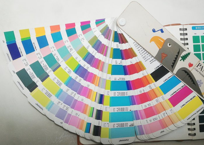 pantone色票本 +CMYK印刷樣本 + 印刷色紙
