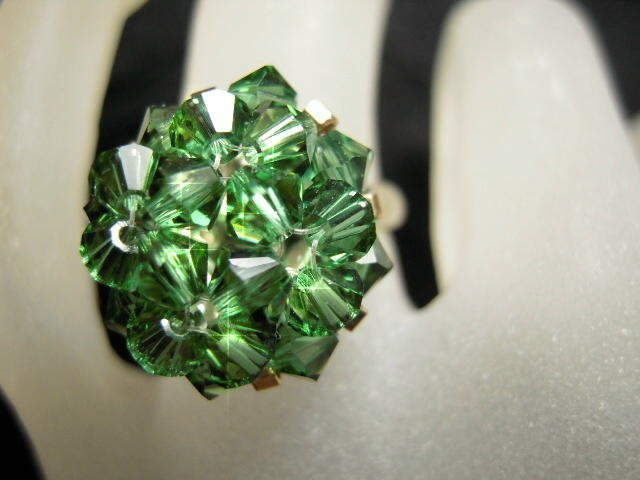 ※水晶玫瑰※ SWAROVSKI 水晶戒指~碧璽綠(HAND19)