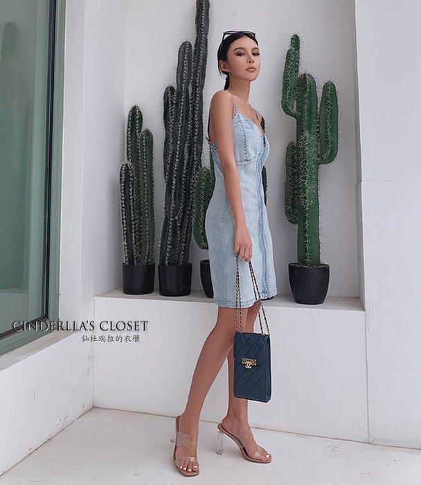 《仙杜瑞拉的衣櫃》sk1119 合身復古淺藍色 細肩帶包臀短裙 連身裙