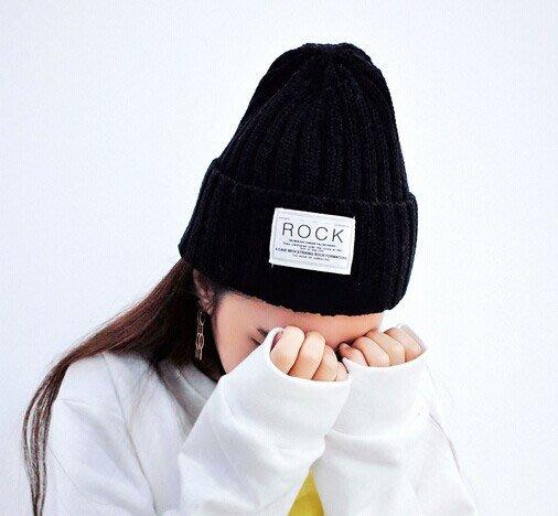 韓國秋冬時尚 ROCK 字母趙敏英尖尖帽針織帽毛線帽子 K469