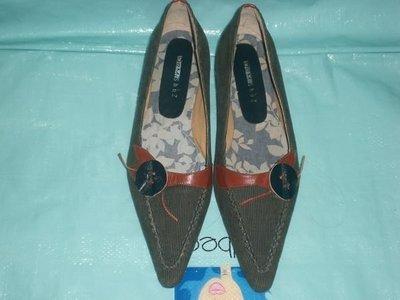 ☆甜甜妞妞小舖☆ 全新真品 DeMi ShuZ 藍色牛仔布女鞋低跟尖頭包鞋---