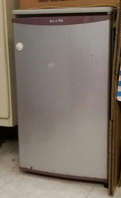 【Anna` Box】限時隨便亂賣! 搬家大出清~ 二手TECO東元小鮮綠單門冰箱,僅此一個,錯過可惜!