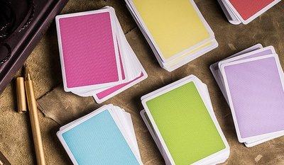 [fun magic] 彩色盒子撲克牌 Steel deck 美國撲克牌 花切撲克牌 花切專用撲克牌 極簡風撲克牌