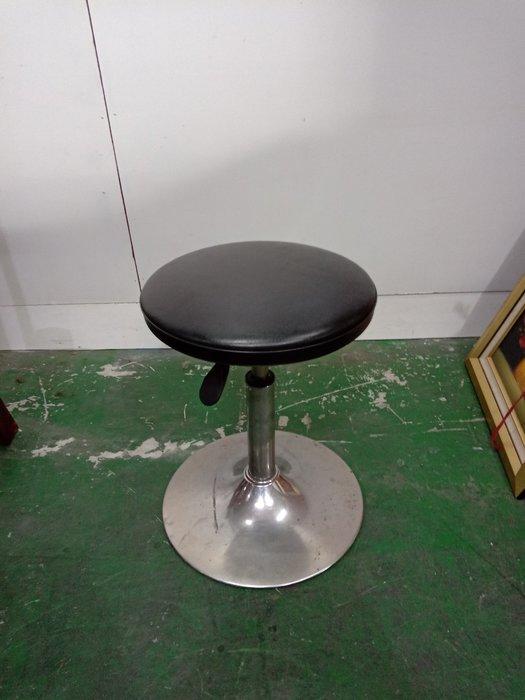 二手家具全省估價(大台北冠均 新五店)二手貨中心--黑色實用旋轉升降椅 吧檯椅 升降椅 餐椅 C-0011608