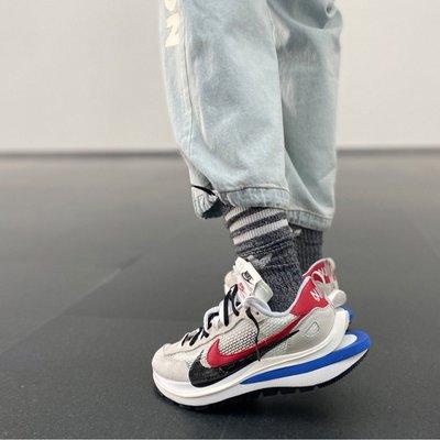 【100%代購網】Nike Vaporwaffle Sport  x Sacai 雙勾 白藍紅  男女款