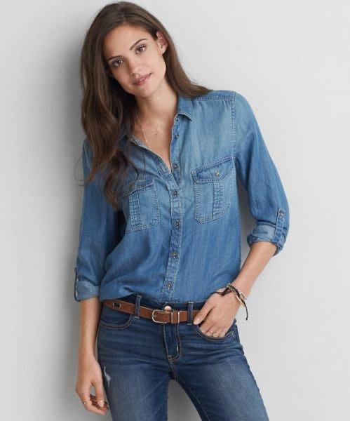 AMERICAN EAGLE_女裝_AEO DOUBLE POCKET CHAMBRAY SHIRT 雙口袋牛仔襯衫/可