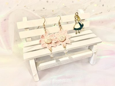 《刺繡花耳環》