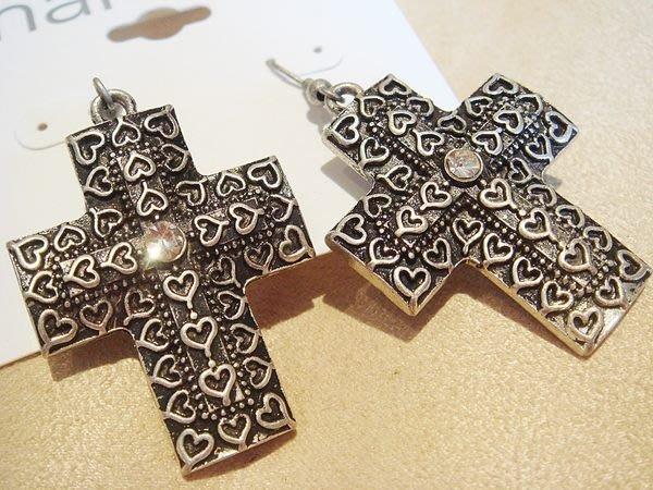 全新美國帶回,Marvella 復古十字架造型造型穿式耳環,低價起標無底價!本商品免運費!