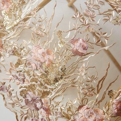橙子的店 W231杏金色亮片色織大花刺繡定位花軟網紗蕾絲布料連衣裙服裝面料