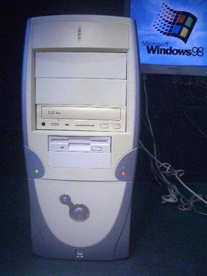【窮人電腦】自組的Win98遊戲、工業用機!跑Win98微星電腦出清!桃園以北可免費外送!