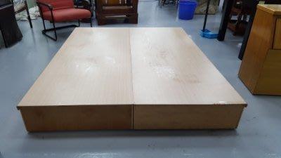 二手家具樂居 台中全新中古傢俱買賣 B1118AJE*白像雙人床底 床架 床箱 床板*2手租屋套房臥室家具衣櫥 斗櫃