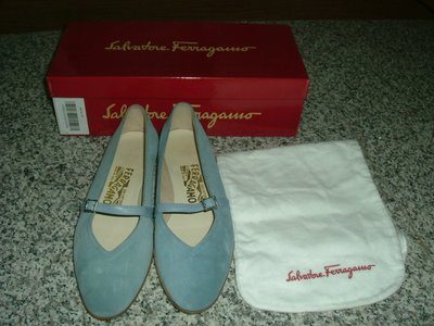 Salvatore Ferragamo赫本鞋 水藍色麂皮  6C