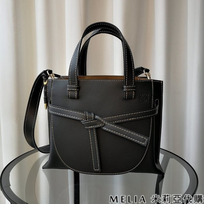 Melia 米莉亞代購 商城特價 數量有限 每日更新 19ss LOEWE GATE系列 馬鞍包 手提單肩 黑色