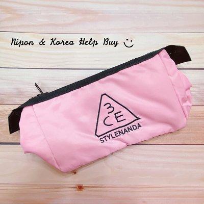 3CE 粉紅色大容量刺繡化妝包(大)拉鍊收納包 刷具包 旅行包 PINK RUMOUR POUCH 防偽標籤 ✈現貨✈