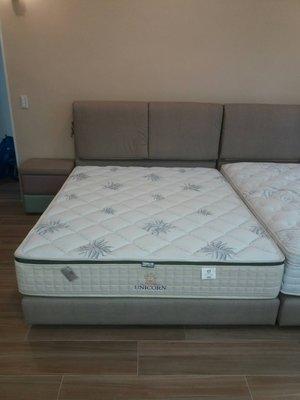 鴻宇傢俱~龍馬名床~正三線硬式獨立筒護脊床墊~保固15年~雙人(5尺)~促銷優惠價~另有折扣價~