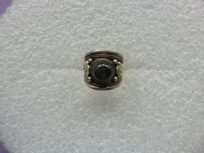 西藏老戒:藏銀.鑲閃藍石