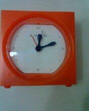 NG 鬧鐘 -- 有貪睡裝置鬧鐘 購買價 :3 元