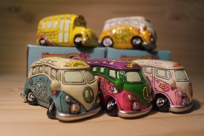 (I LOVE樂多)日本進口VW T1 Volkswage 福斯 麵包車彩繪模型裝飾 公仔 共有5種彩繪樣式