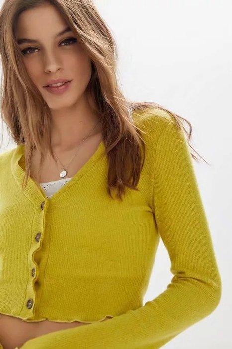 ◇。Queen Bee。◇歐美FP款馬卡龍色系捲邊單排釦V領長袖針織衫 小外套 罩衫 薄款