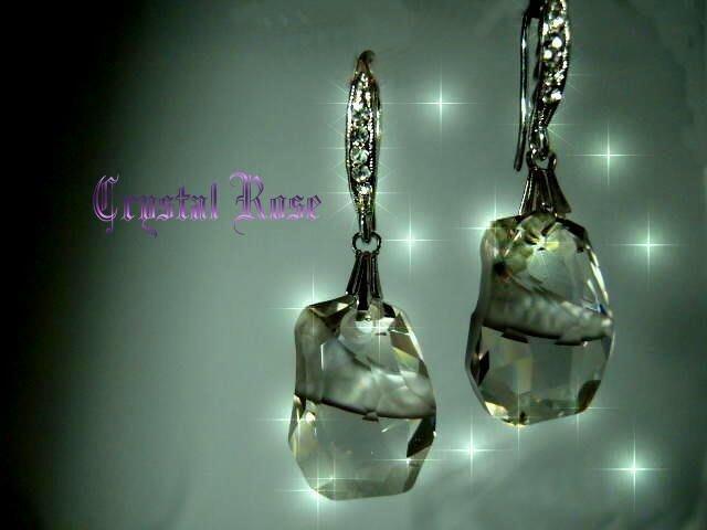 ※水晶玫瑰※ SWAROVSKI 天瑩水晶吊墜 進口鑲鑚耳勾耳環(DD057)