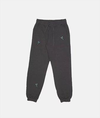 HIDEAWAY @ SUITE X SKULL FLY SWEATPANTS 長褲