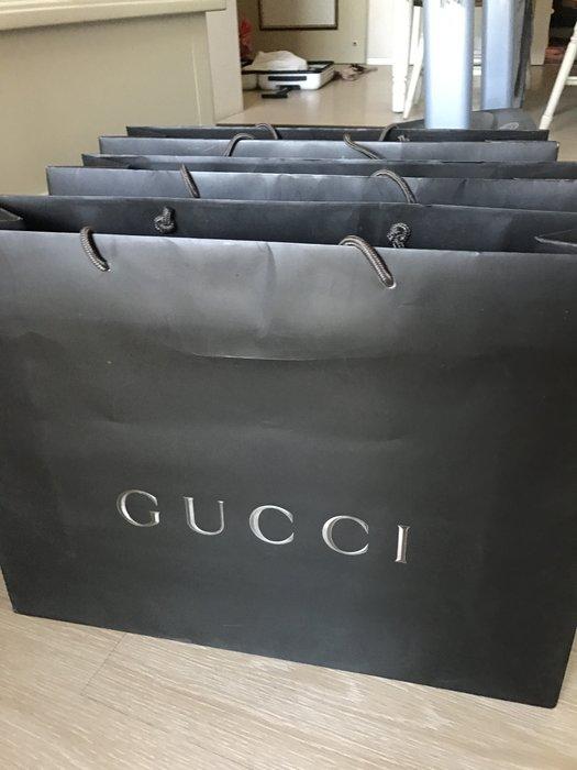 Gucci 專櫃紙袋3個280元