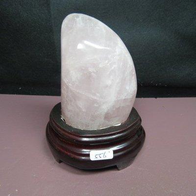 【優質家】天然漂亮馬達加斯加粉晶原礦556克(贈座)(網路便宜價、限量一標)原價700元