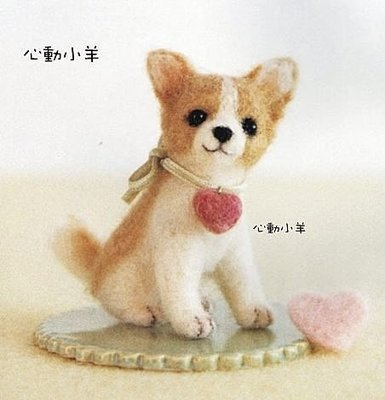 心動小羊^^仿真蝴蝶吉娃娃美麗諾羊毛羊毛氈材料包、可製作成手機吊飾(純羊毛製品)